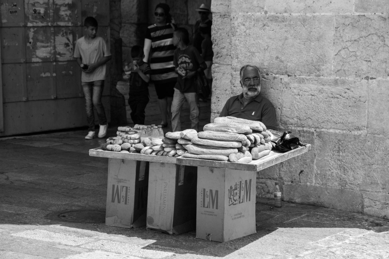 PAINS CHAUDS, JERUSALEM